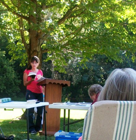 Reading at Kentuckians Reading Kentuckians, located in Knifley Kentucky at the old Henry and Janice Holt Giles home.