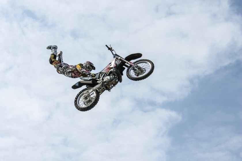 sky sport jump bike